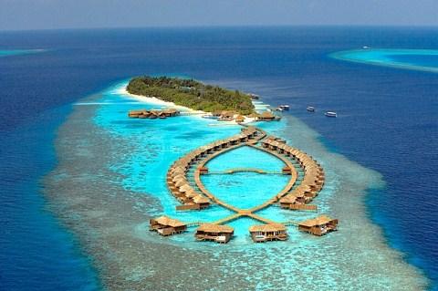 Island_huvadhendhoo_aerial_05